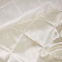 Подкладка стеганная молочного цвета