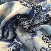 Лён с хлопком принт синие цветы на голубом фоне