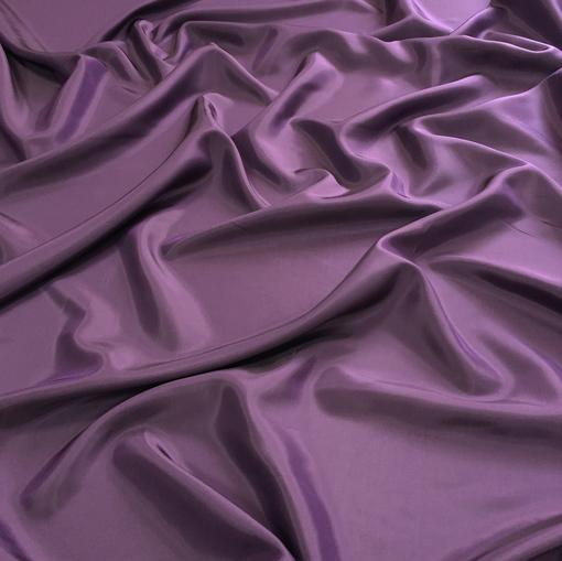 Подкладка вискозная темно-сиреневого цвета