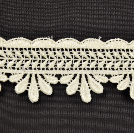 Светло-лимонная плетеная тесьма