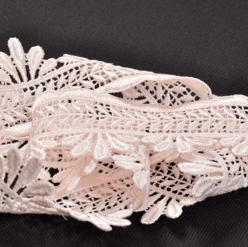 Нежно-розовая плетеная тесьма