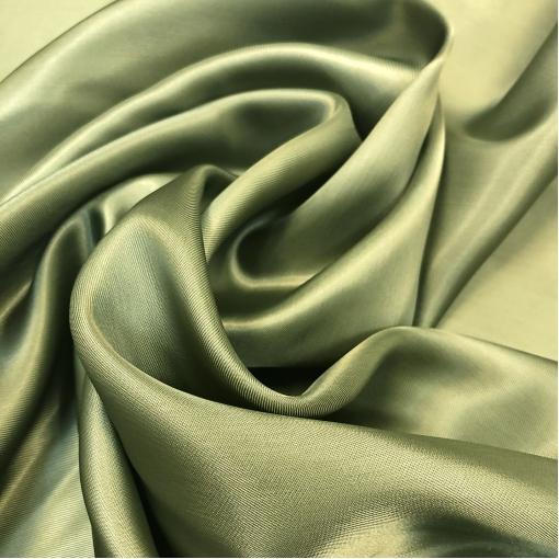 Подкладка вискозная светло-оливкового цвета