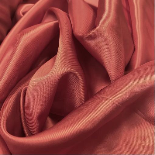 Подкладка вискозная приглушённого красного цвета