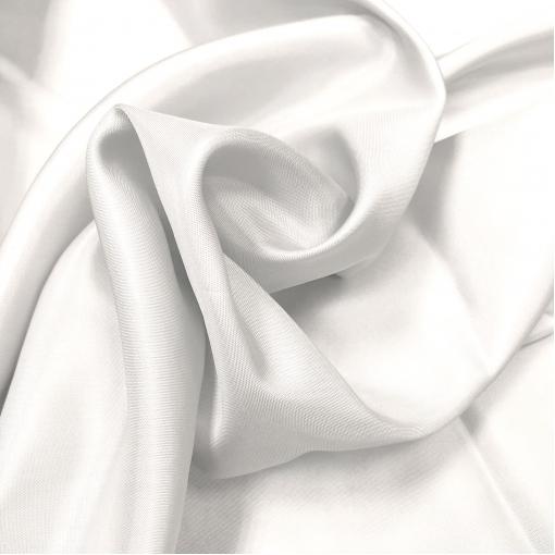 Подкладка вискозная диагональ молочного цвета