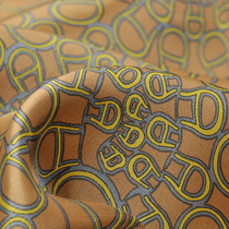 Вискозный подклад в бронзово-желтом тоне с логотипом Aigner