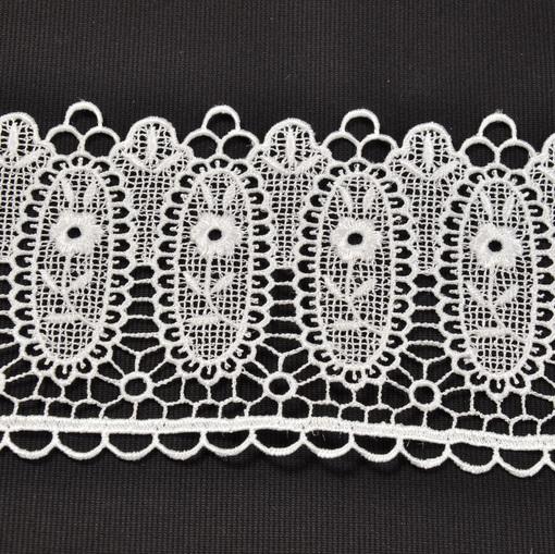 Плетеная кружевная тесьма сливочного цвета