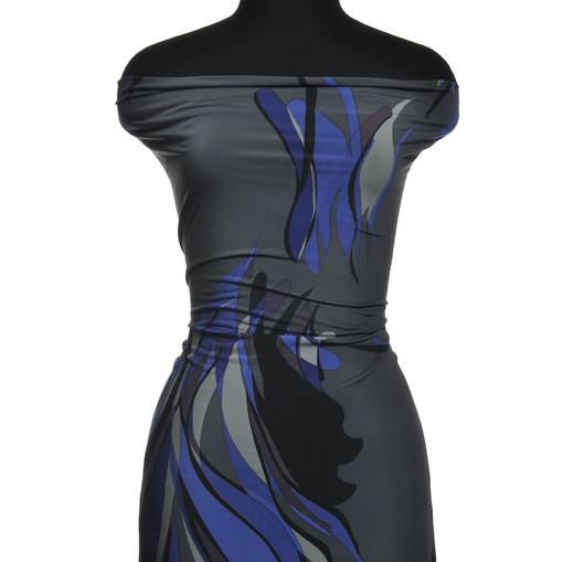 Синтетический трикотаж серого цвета с синими разводами