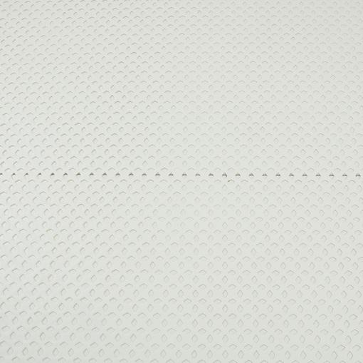 Перфорированная искусственная кожа молочного цвета