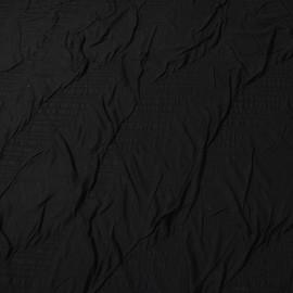 Вискозный трикотаж с объемной выработкой черного цвета