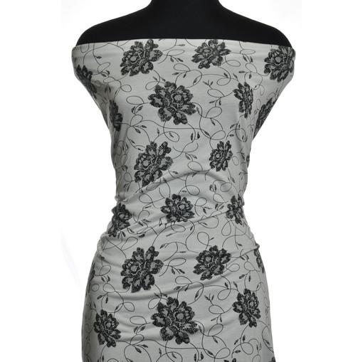 Черно-белый вискозный трикотаж с цветами
