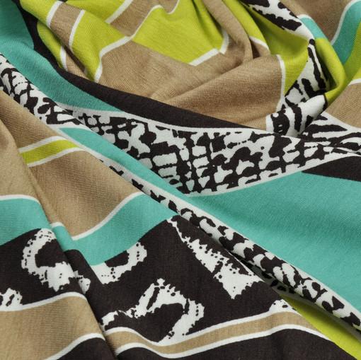 Вискозный трикотаж с разноцветными волнами