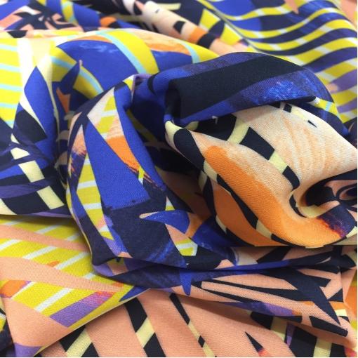 Вискоза мягкая плательная стрейч принт сине-желтые пальмовые ветви