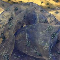 Органза сине-голубая с вышивкой
