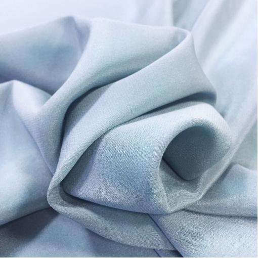 Муслин хлопок с шелком атласный светло-голубого цвета