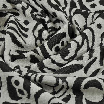 Вискозное джерси черные розы на белом фоне
