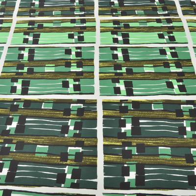 Яркий зеленый хлопок с переходом в темный оттенок и абстрактными квадратами