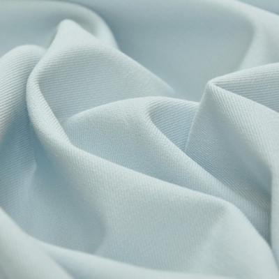Ткань костюмная бело-голубого цвета