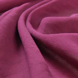 Крешированный шелк стрейч яркого брусничного цвета