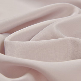 Крепдешин смесовый светлого бежево-розового цвета