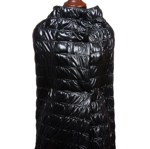 Курточная лакированная стеганная ткань черного цвета