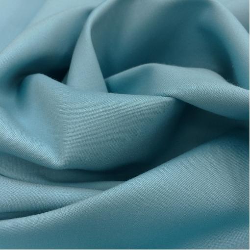 Хлопок летний костюмный стрейч голубого цвета