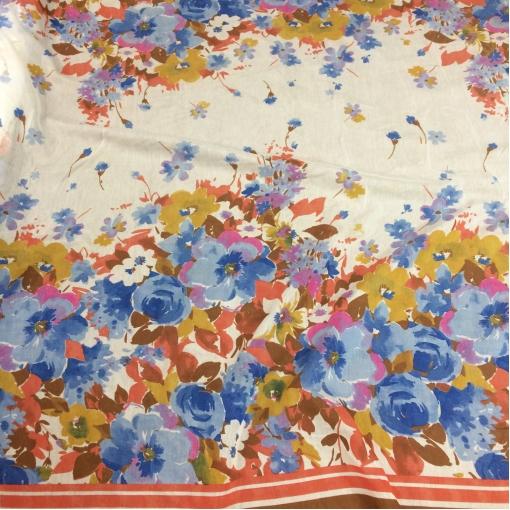 Муслин хлопок с шелком купон синие и горчичные цветы на молочном фоне