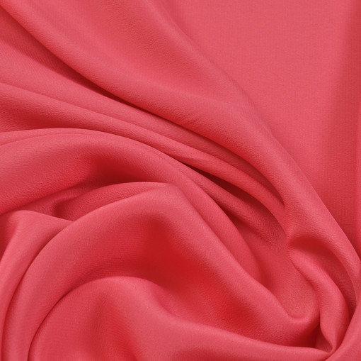Крепдешин розового цвета