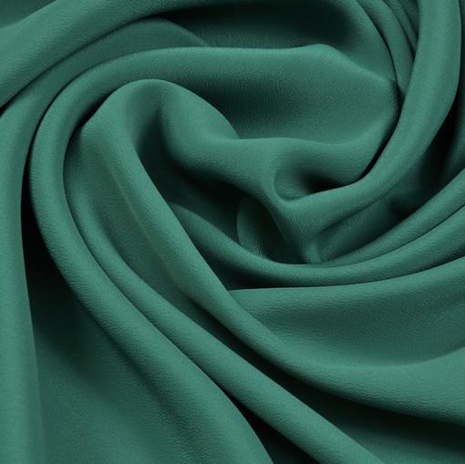 Крепдешин изумрудного цвета