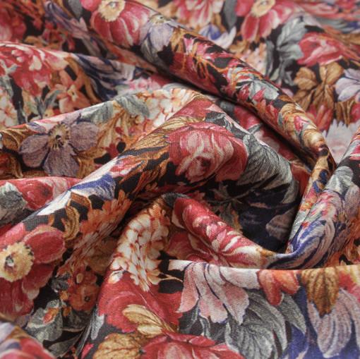 Плательно-костюмный хлопок стрейч с цветами в красном тоне