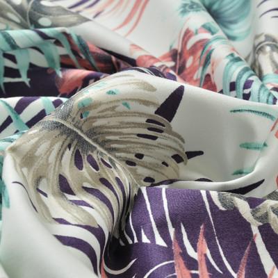 Костюмный хлопок стрейч с разноцветными листья пальмы