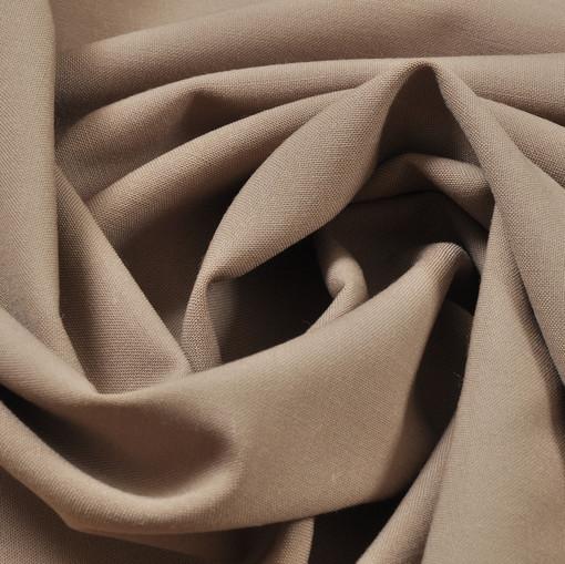 Костюмная ткань бежевого цвета
