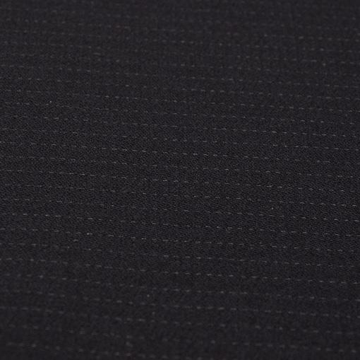Шерстяная костюмная ткань черного цвета с тонкой бежевой полоской в виде штрихов