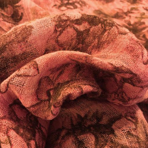 Лен тонкий типа марлевки абстрактные цветы в коралловых тонах