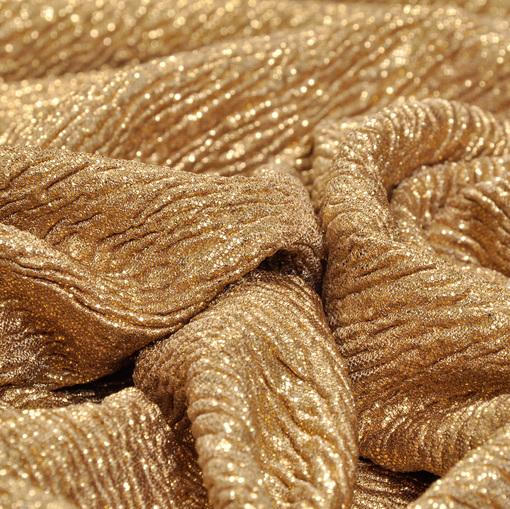 Нарядный трикотаж креш золотого цвета с золотым напылением