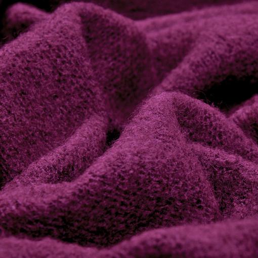 Смесовый теплый трикотаж ярко-сиреневого цвета