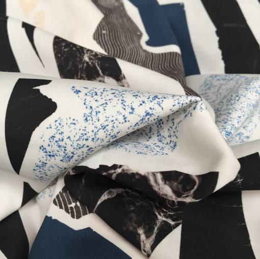 Вискоза плательная плотная Ferragamo абстрактная геометрия