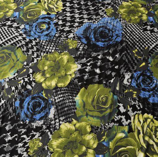Вискозный трикотаж с сине-зелеными цветами