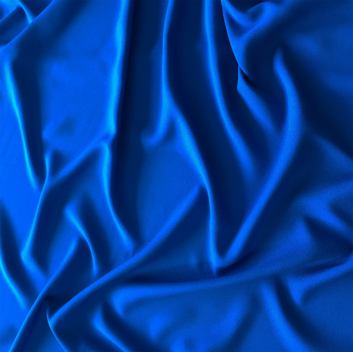 Вискоза плательная Valentino креп-кади ярко-синего цвета