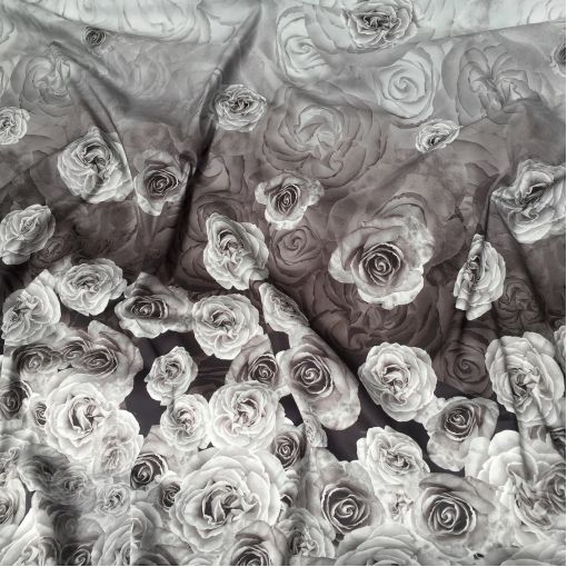 Хлопок тонкий летний стрейч купон принт D&G розы в серых тонах