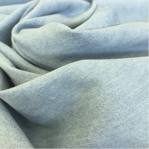 Джинса стрейч вареная светло-голубого цвета