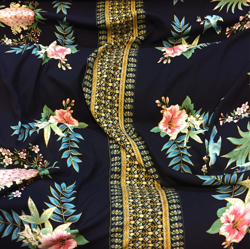 Вискоза плательная креповая принт Max Mara продольный купон цветы и листья