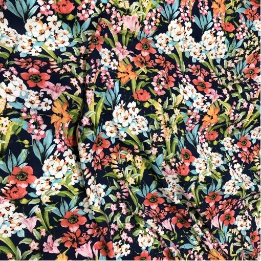 Вискоза жаккардовая плательная принт D&G цветочная поляна на темно-синем фоне