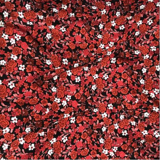 Вискоза мягкая плательная принт Blumarine красные и оранжевые цветочки на черном фоне