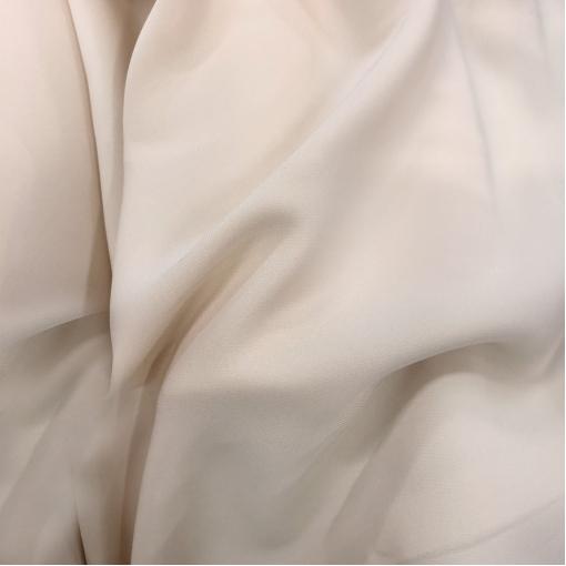Кади креповое вискозное плательное стрейч цвета топленого молока