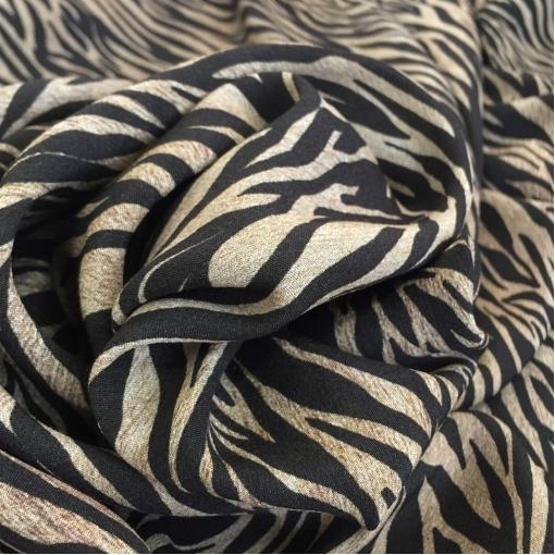 Вискоза плательная стрейч мягкая мелкий тигровый принт D&G
