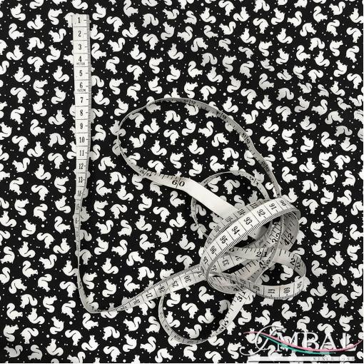 Вискоза мягкая плательная принт белочки на черном фоне