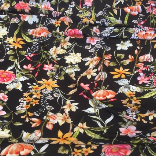 Трикотаж вискозный скользкий принт цветочная поляна на черном фоне