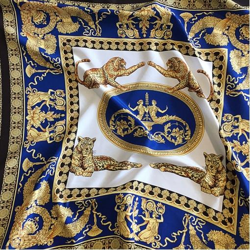 Ткань плащевая принт Versace купон леопард и вензеля