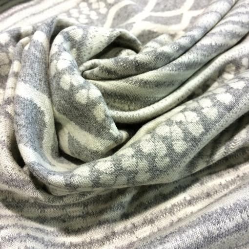Джерси вискозное стрейч орнамент светло-серого цвета