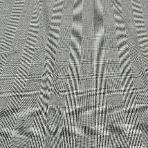 Костюмная шерстяная ткань в черно-белую клетку
